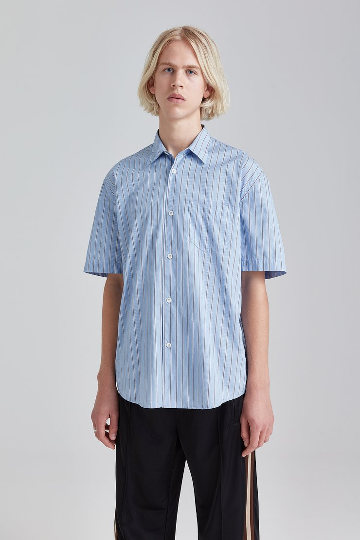 INITIAL SHORT SLEEVE SHIRT