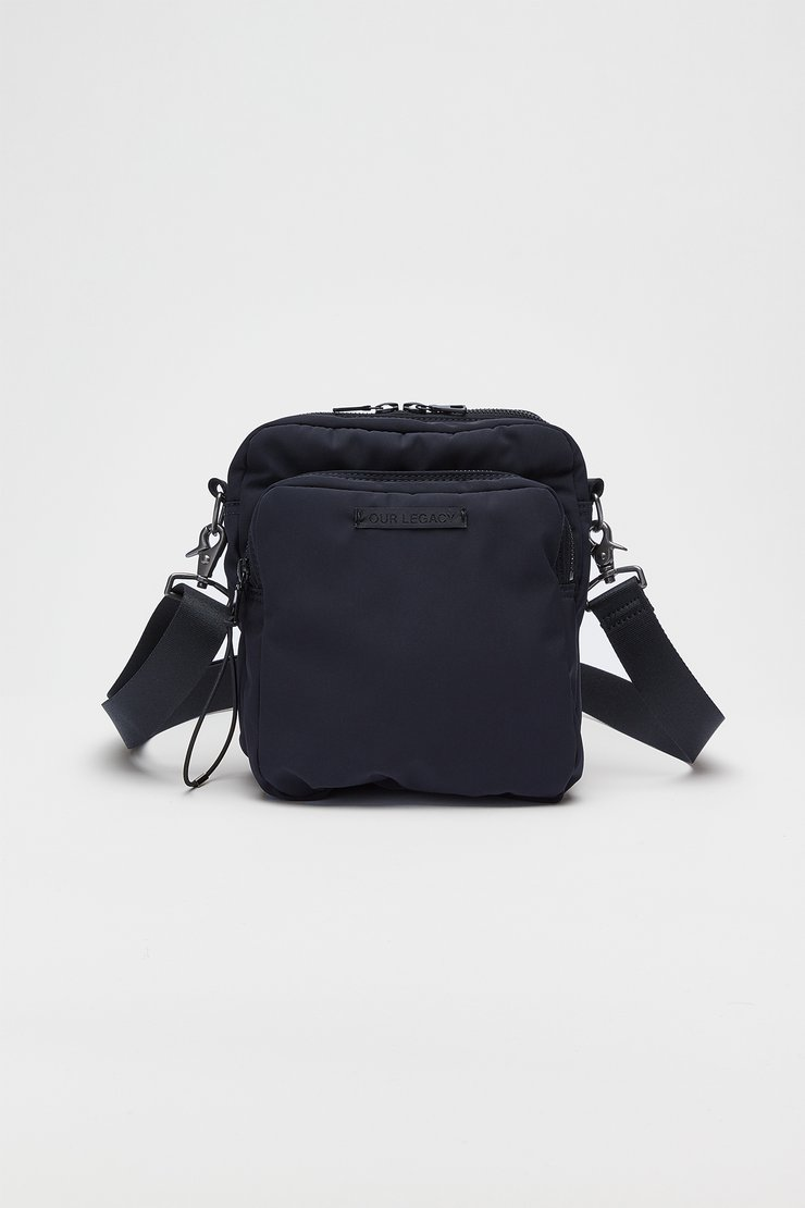 VALVE CROSS BODY