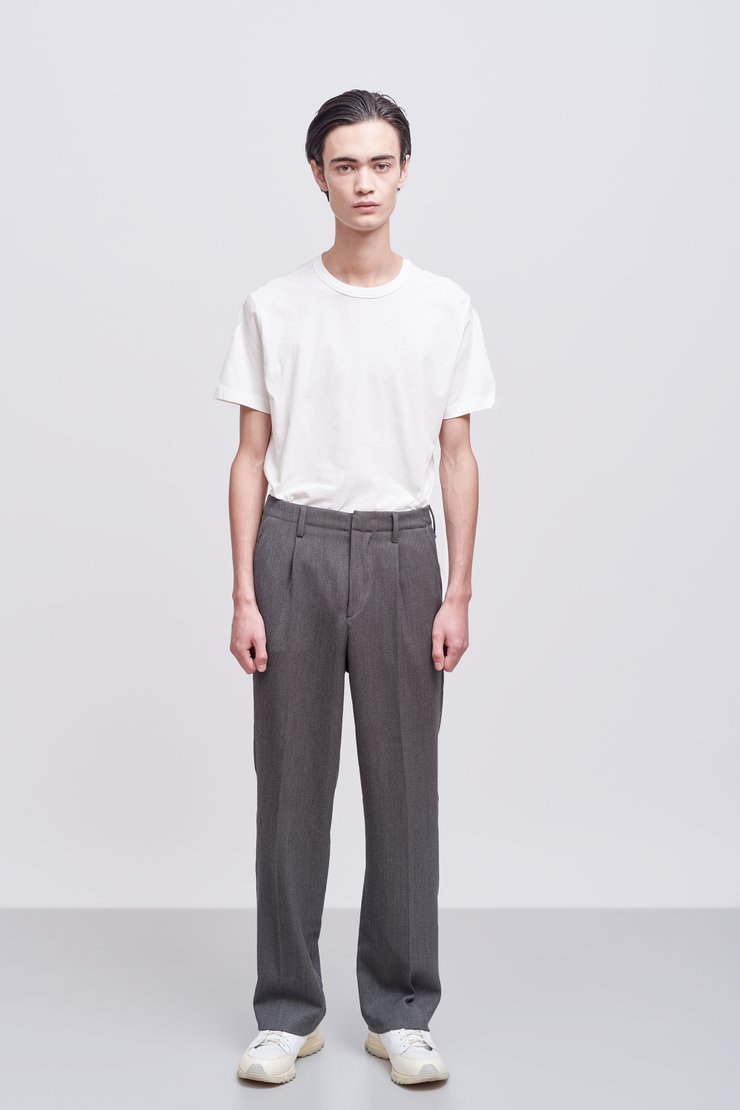 PLEATED TROUSER