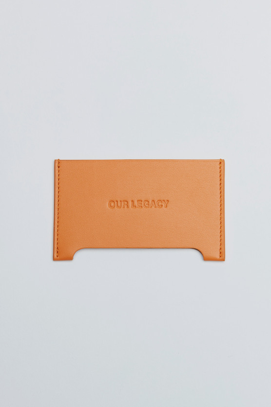DISTORTION CARD HOLDER