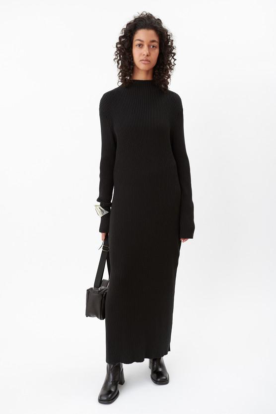 SLIM TURTLENECK DRESS