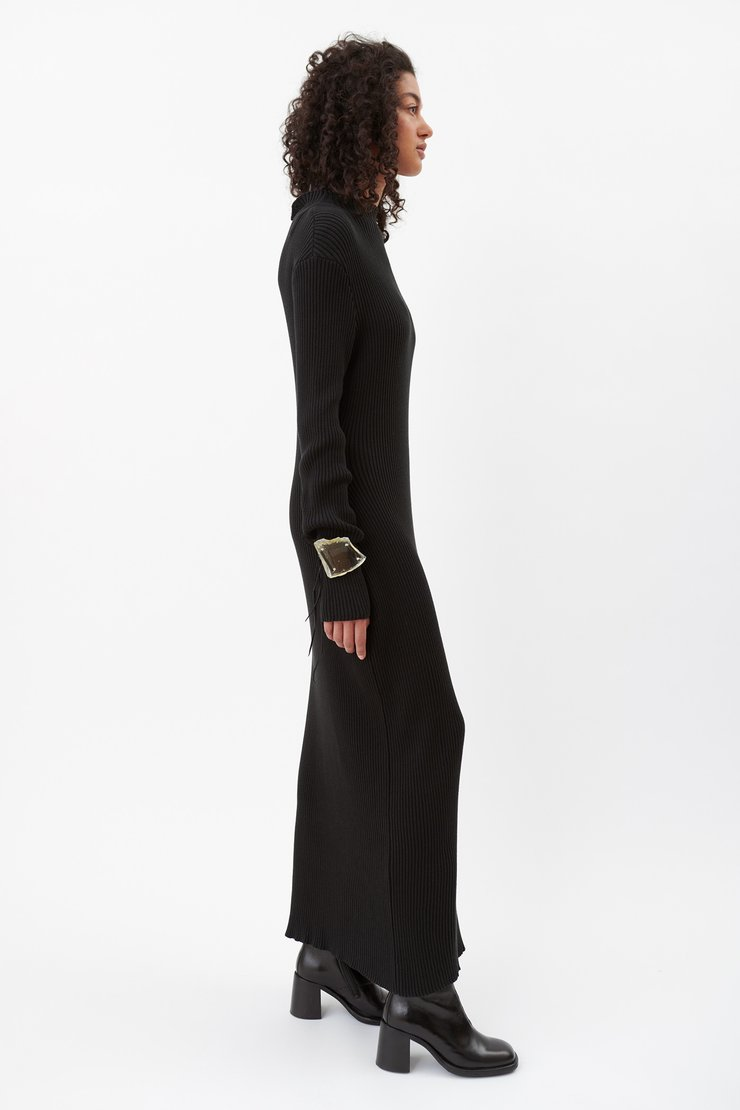 SLIM TURTLENECK DRESS