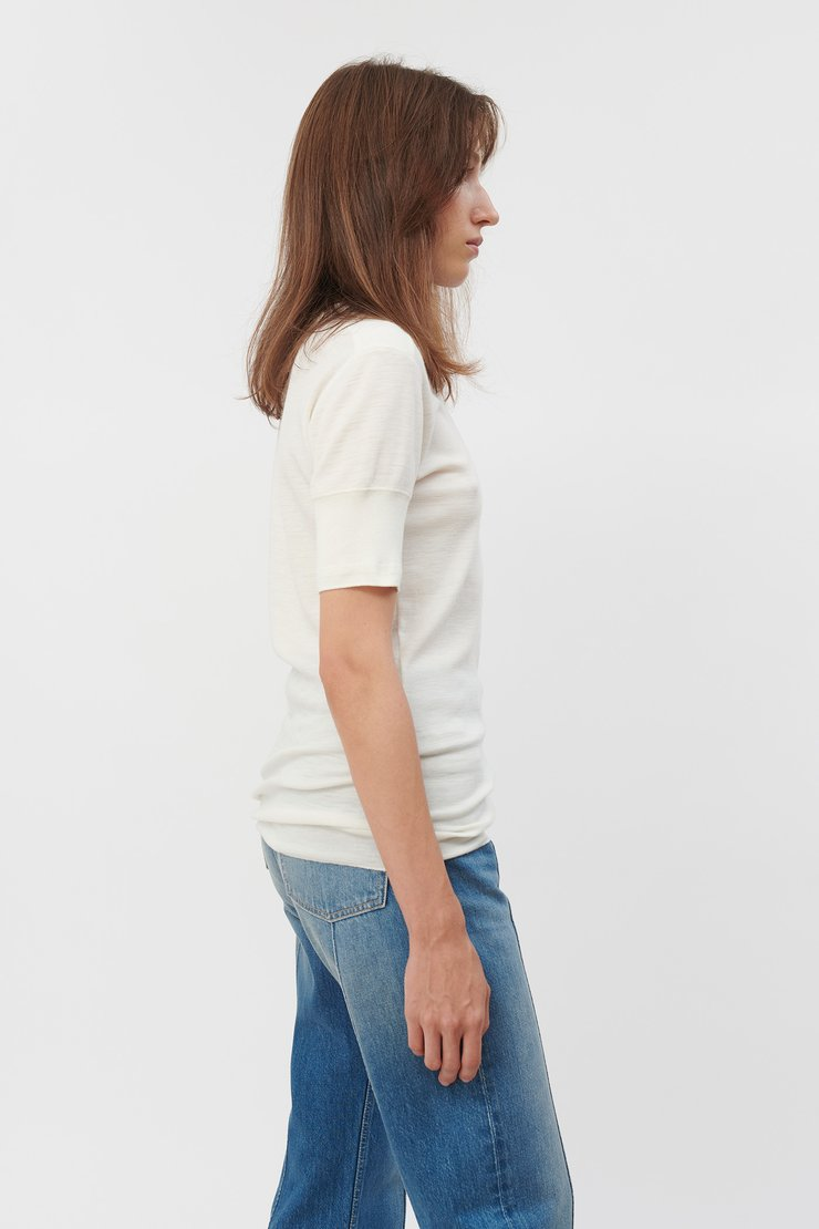 BASE LAYER T-SHIRT