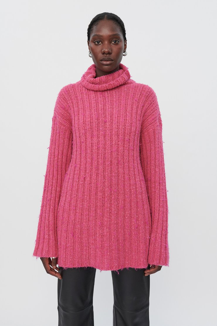 LARGE RIB TURTLENECK