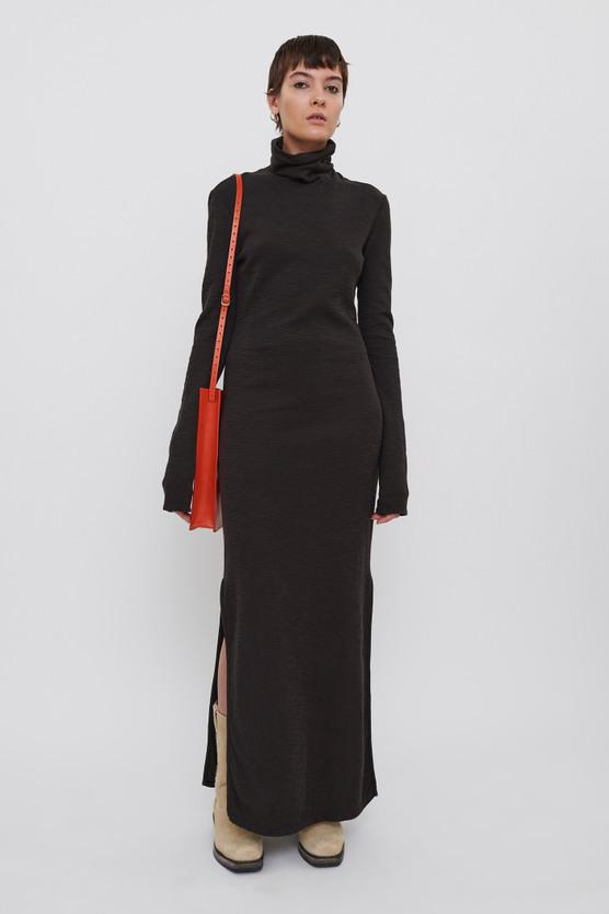 FULL TURTLENECK DRESS